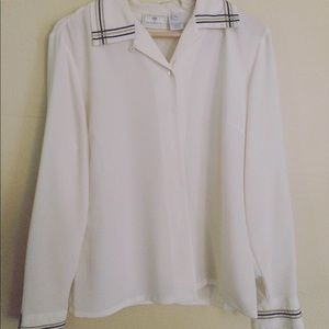 90s detailed blouse